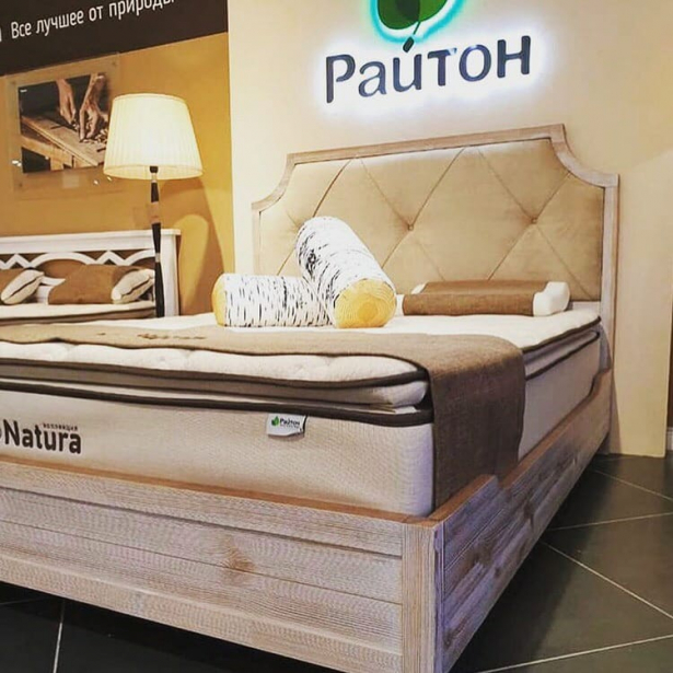 Кровать Richard Райтон фото из салона