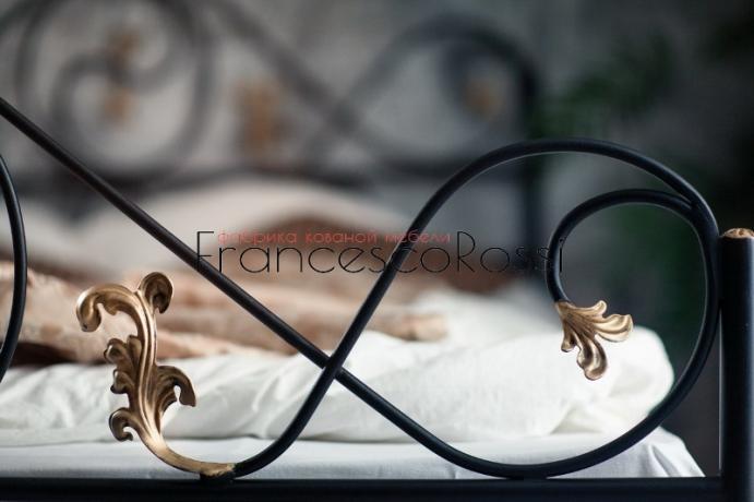 Кровать Francesco Rossi Венеция с одной спинкой