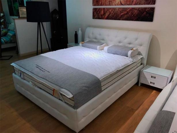 Кровать Life 4  Райтон фото кожа белая