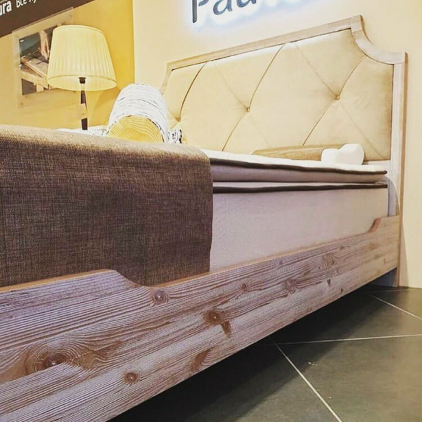 Кровать Richard Райтон фото сбоку