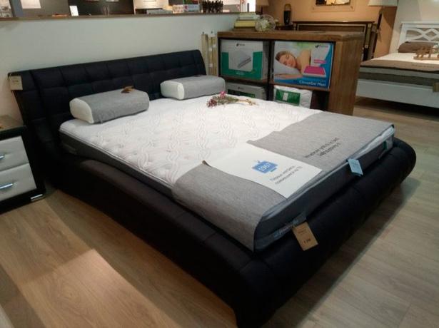 Кровать Nuvola 1 фото в черной эко-коже